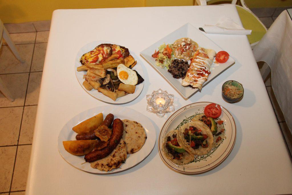 © CasaBlancaRestaurant.ca